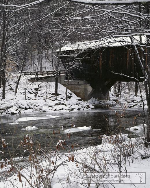 covered_bridge_vermont_with_snow.jpg