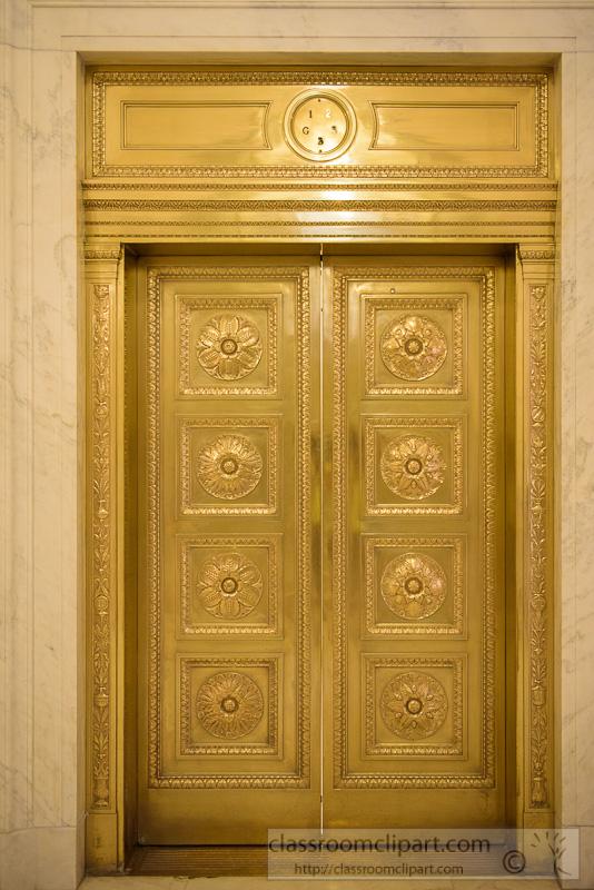 Bronze-doors-Supreme-Court-of-the-United-States-1445.jpg