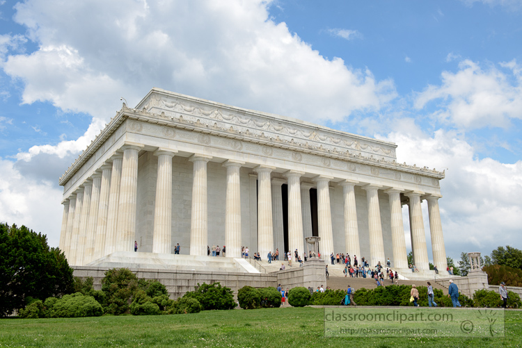 entrance-to-the-lincoln-memorial-3634.jpg