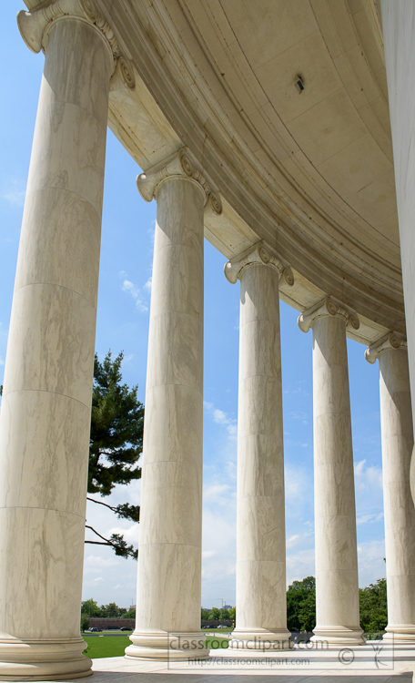 pillars-at-the-jefferson-memorial-3583.jpg