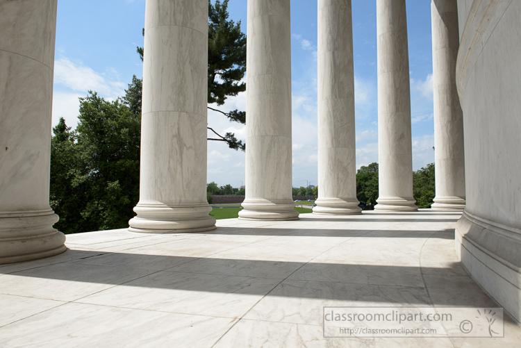 pillars-at-the-jefferson-memorial-3585.jpg