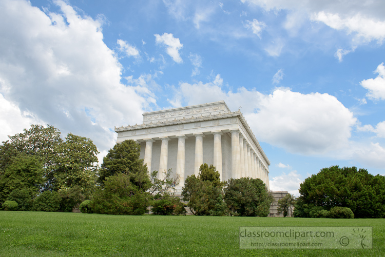 side-view-of-the-lincoln-memorial-3629.jpg