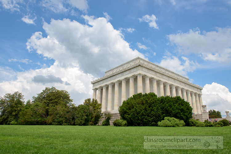 side-view-of-the-lincoln-memorial-3631.jpg