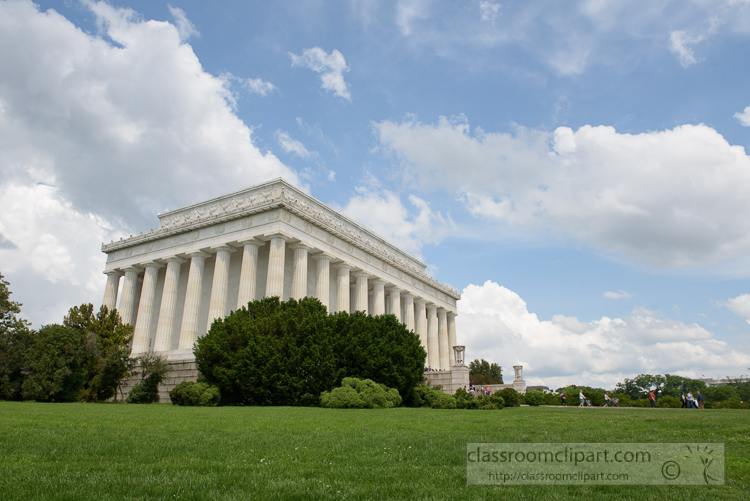 side-view-of-the-lincoln-memorial-3632.jpg