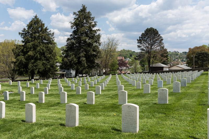 photo-grafton-national-cemetery-a-military-cementery-in-grafton-west-virginia.jpg