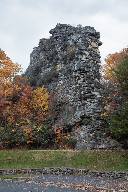 photo-sandstone-formation-that-gives-pinnacle-rock-state-park-west-virginia.jpg