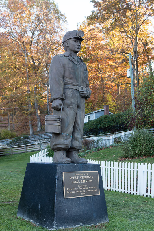 photo-statue-dedicated-to-west-virginia-coal-miners-outside-the-beckley-exhibition-coal-mine.jpg