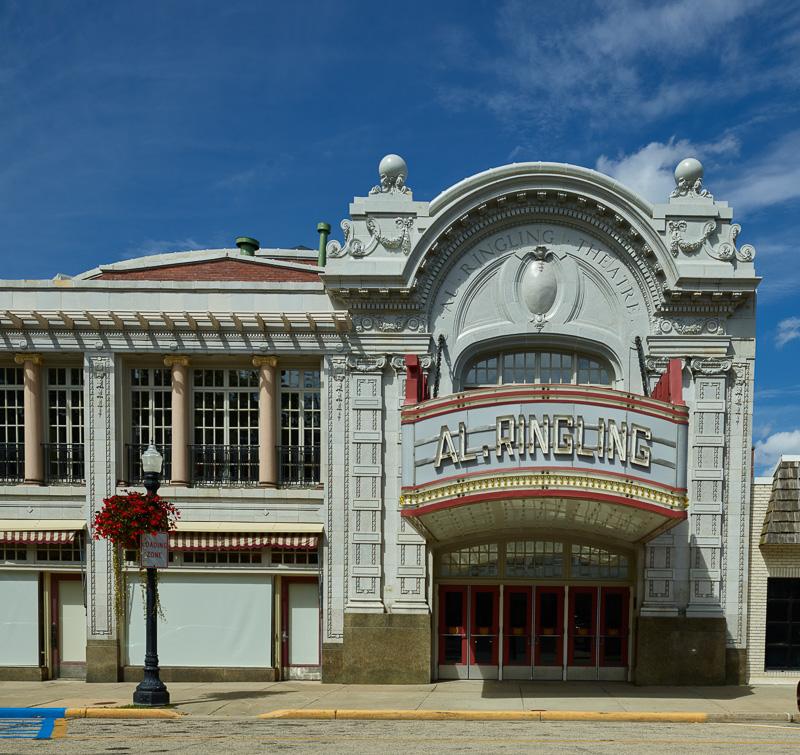al.-ringling-theatre-in-downtown-baraboo-wisconsin.jpg