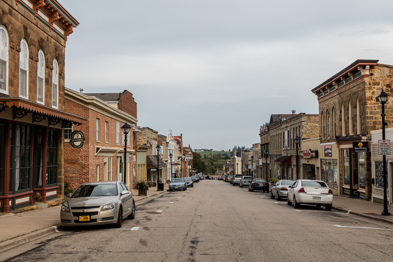 downtown-buildings-in-mineral-point-wisconsin.jpg