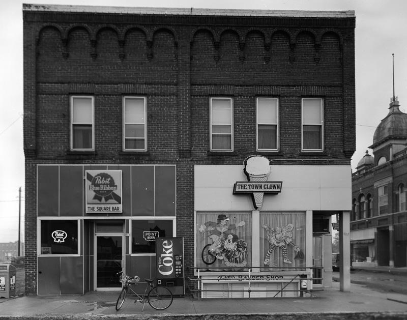 old-saloon-wisconsin-historic-photo-2.jpg