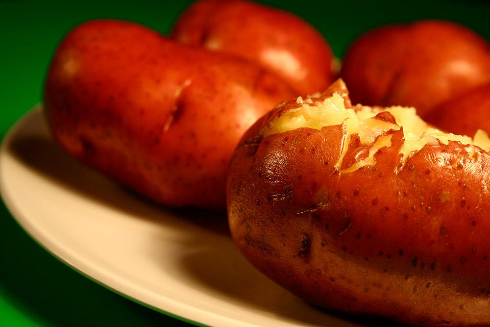 baked_red_potatoes_395.jpg