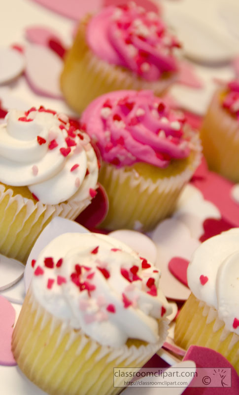 group_valentines_cupcakes__picture-image3917a.jpg