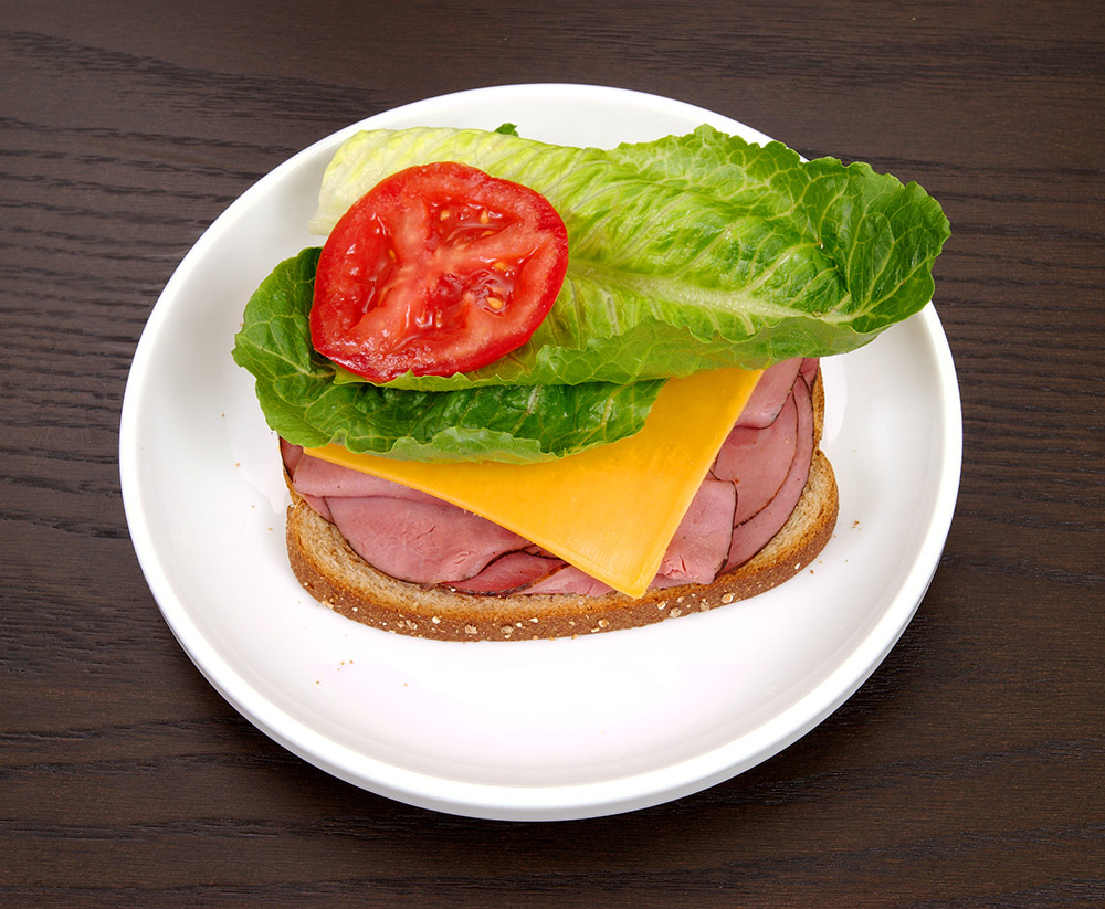 sandwich_with_lettuce_tomato_39.jpg