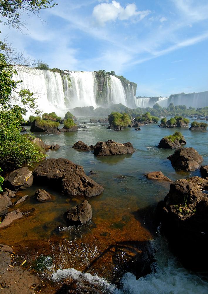 beautiful-iguazu-water-fall-argentina.jpg