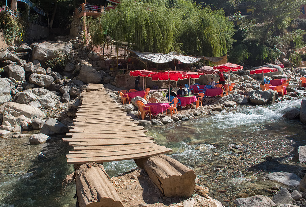 tourists-tables-on-ourika-river-in-the-ourika-valley-morocco.jpg