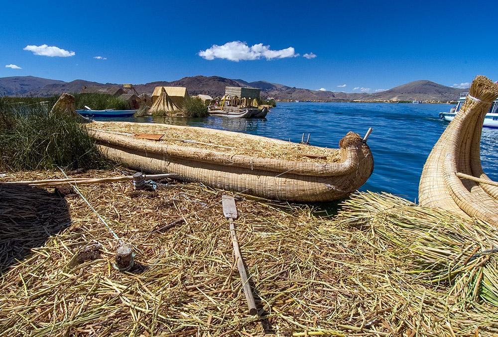 traditional-reed-boats-lake-titicaca-photo-124.jpg
