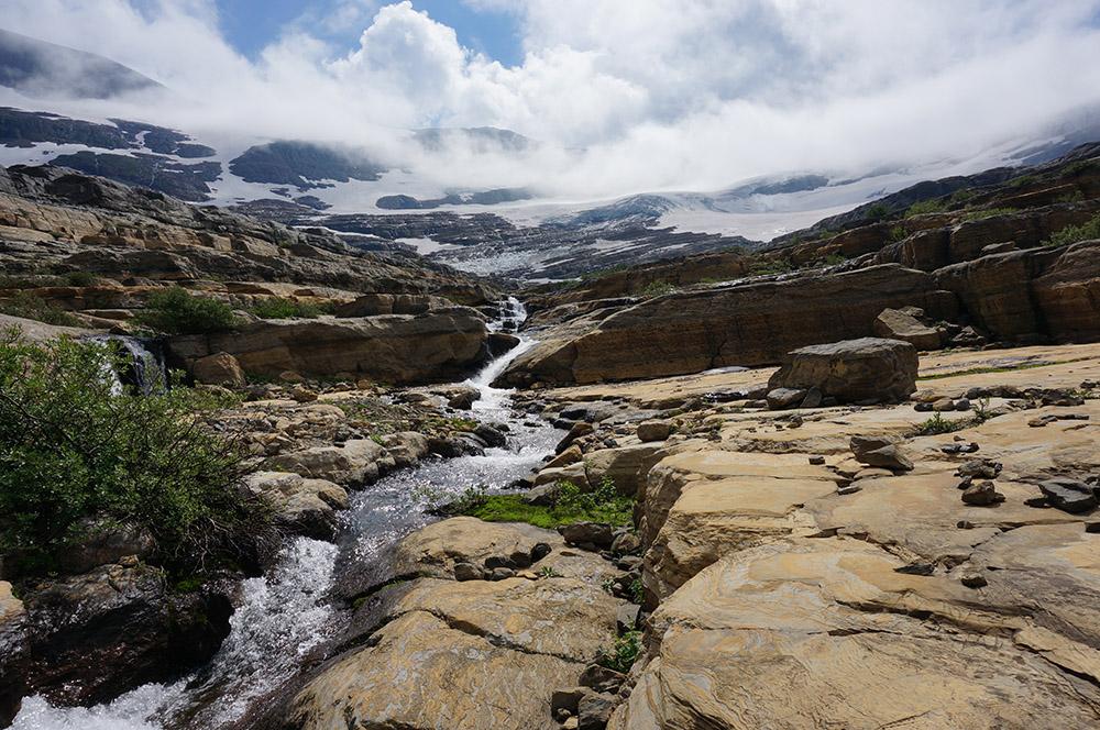 glacial-fed-alpine-stream-in-glacier-national-park.jpg