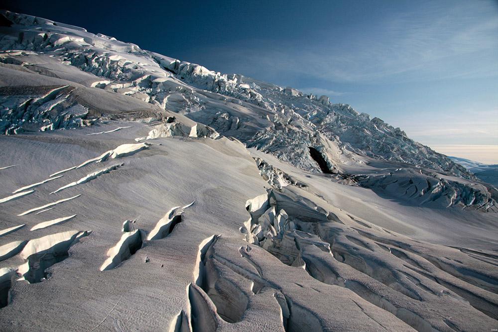 glacliers-in-icy-bay-alaska.jpg