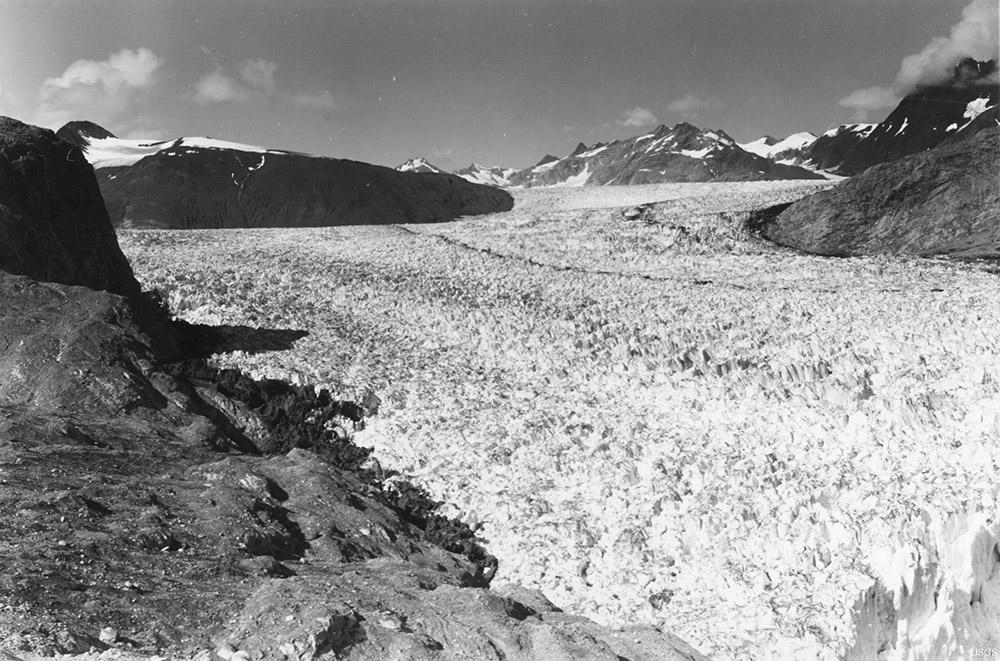 muir-and-riggs-glaciers-muir-inlet-alaska-1941.jpg