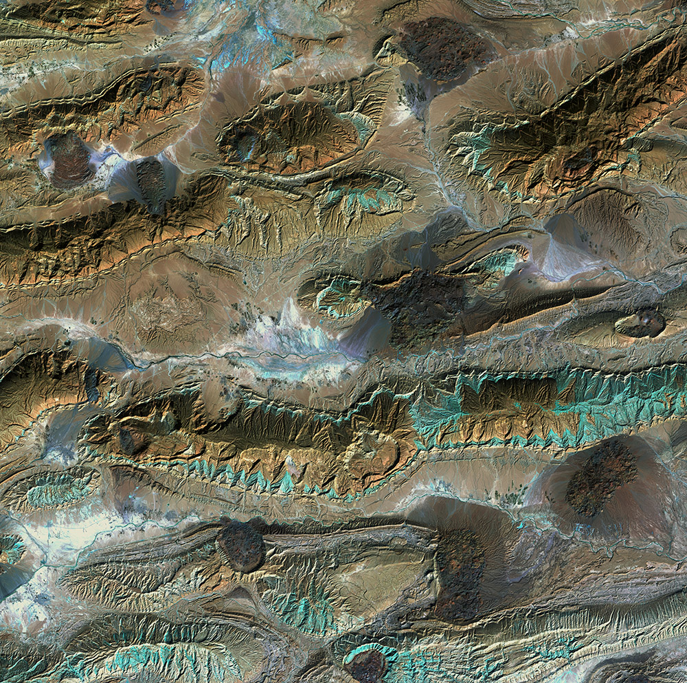 salt-glaciers-patterns-and-colors-in-the-zagros-mountains-of-iran.jpg