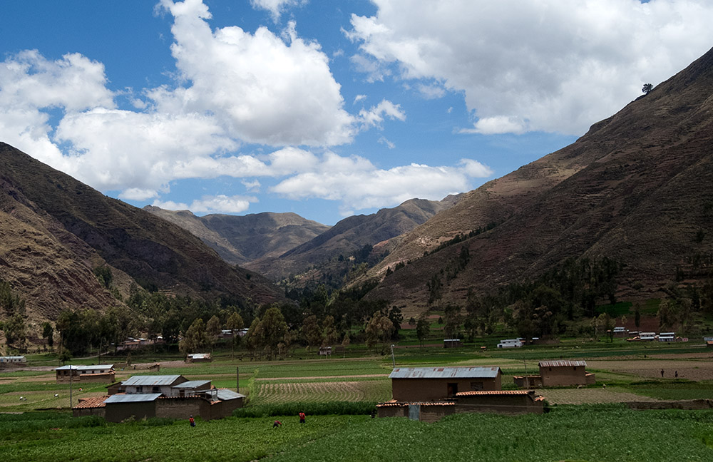 agriculture-in-the-valley-of-andes-mountain-peru.jpg