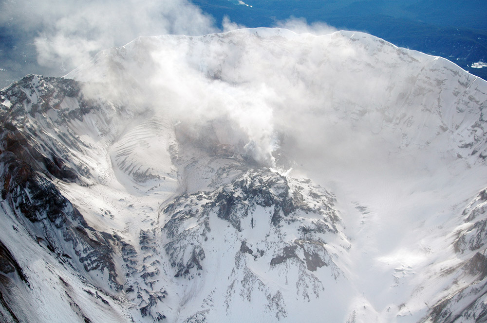aerial-snow-covered-crater-dome-from-north.jpg