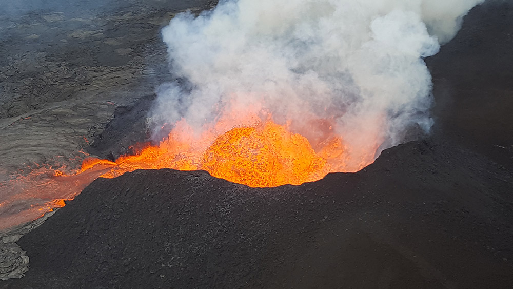 fissure-8-lava-fountain-pulses-to-heights-of-165-ft-within-a-cinder-spatter-cone.jpg