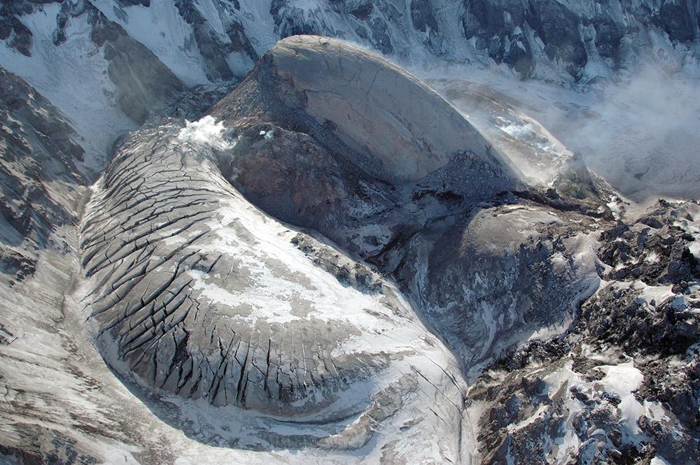 new-dome-glacier-uplift-mt-st-helens.jpg