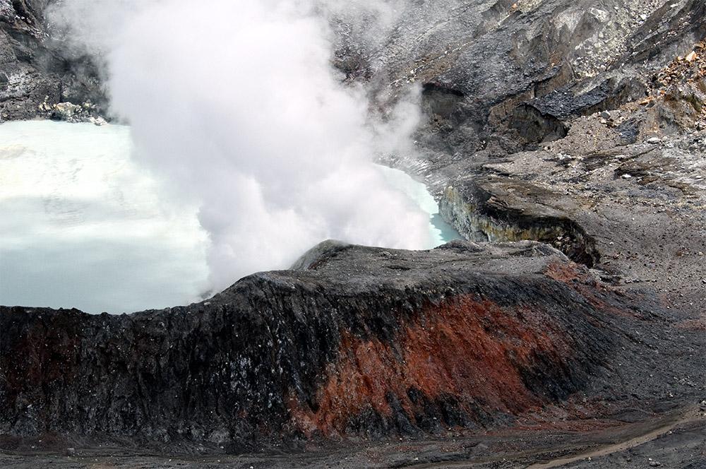 smoke-rising-from-crater-of-poas-volcano-22.jpg