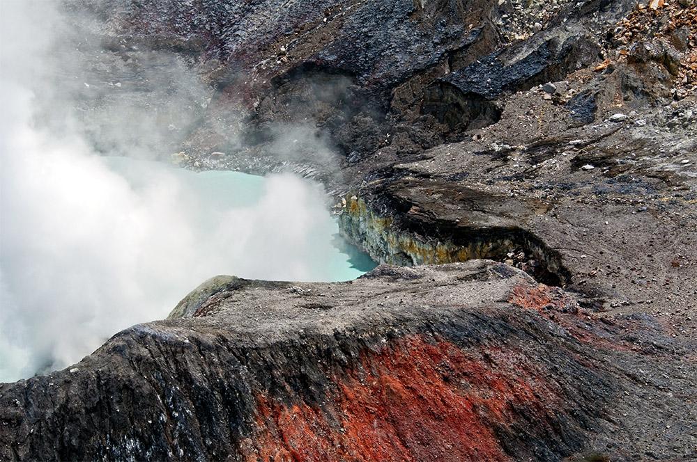 smoke-rising-from-crater-of-poas-volcano-41b.jpg