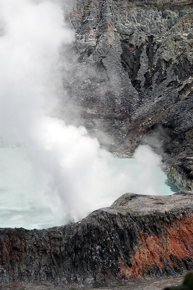 smoke-rising-from-crater-of-poas-volcano-43.jpg