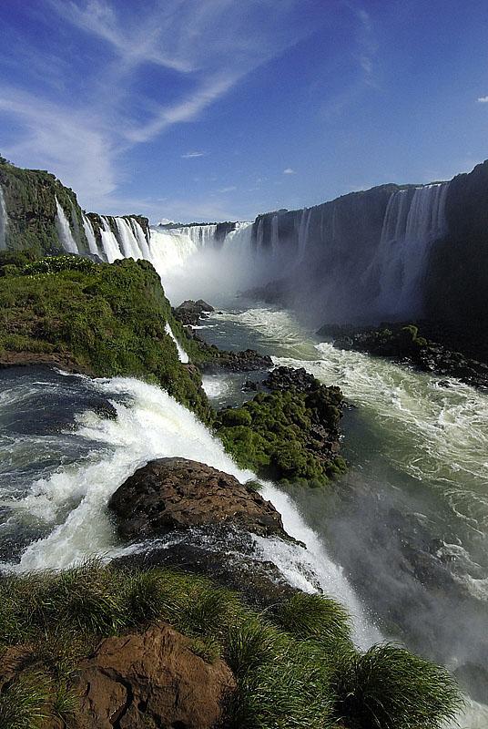 picture-iguazu-waterfall-1018.jpg