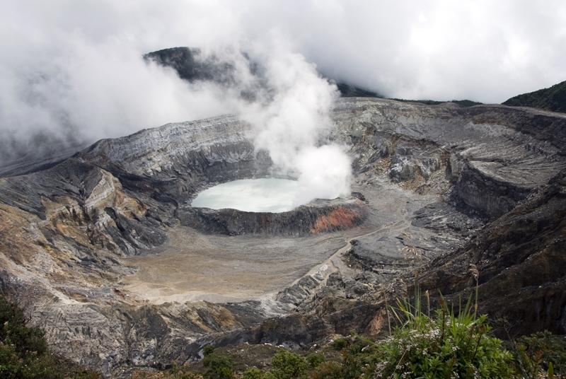 volcano_190.jpg
