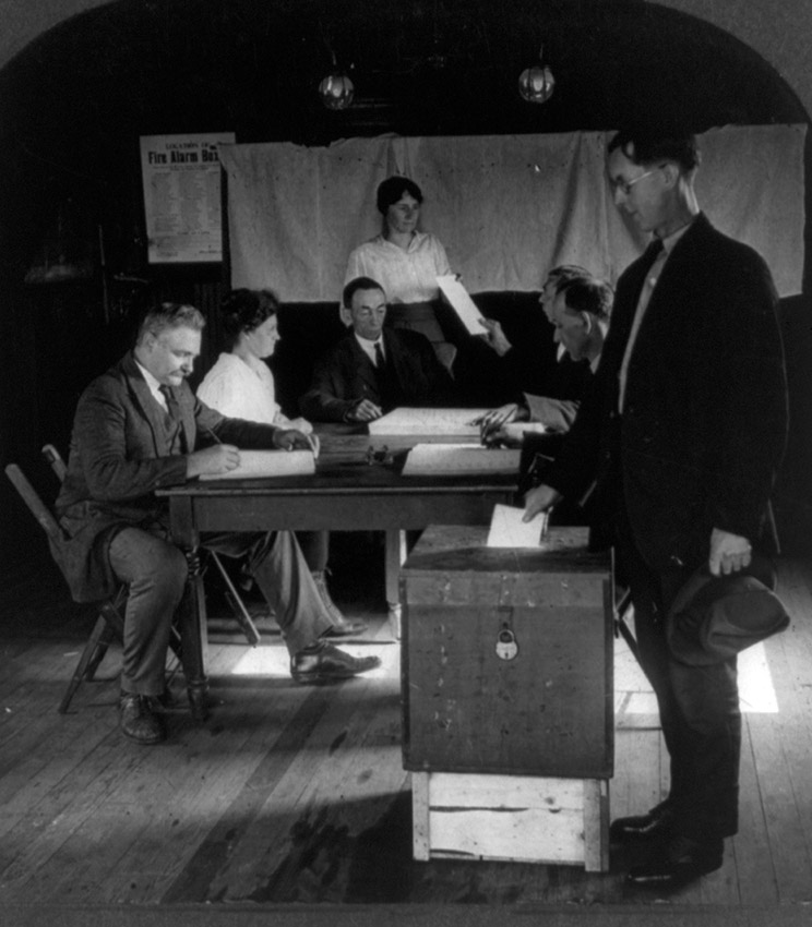american-citizens-voting-1923.jpg