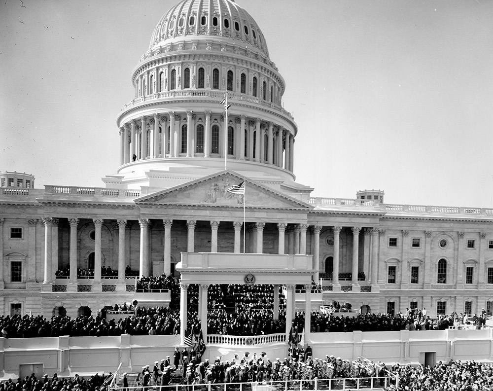 inauguration-of-president-kennedy-at-capital-building.jpg