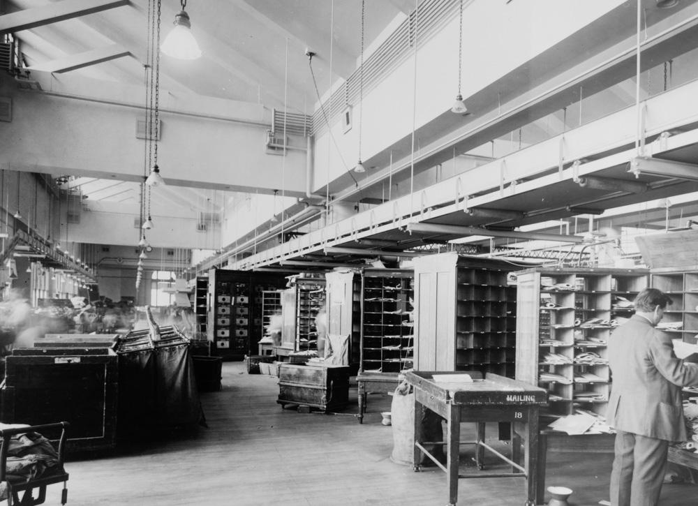 mail-sorting-room-us-post-office-washington-dc-1920.jpg