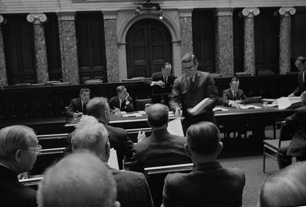 republican-senators-during-a-meeting-on-amendments-to-the-civil-rights-act-1964.jpg