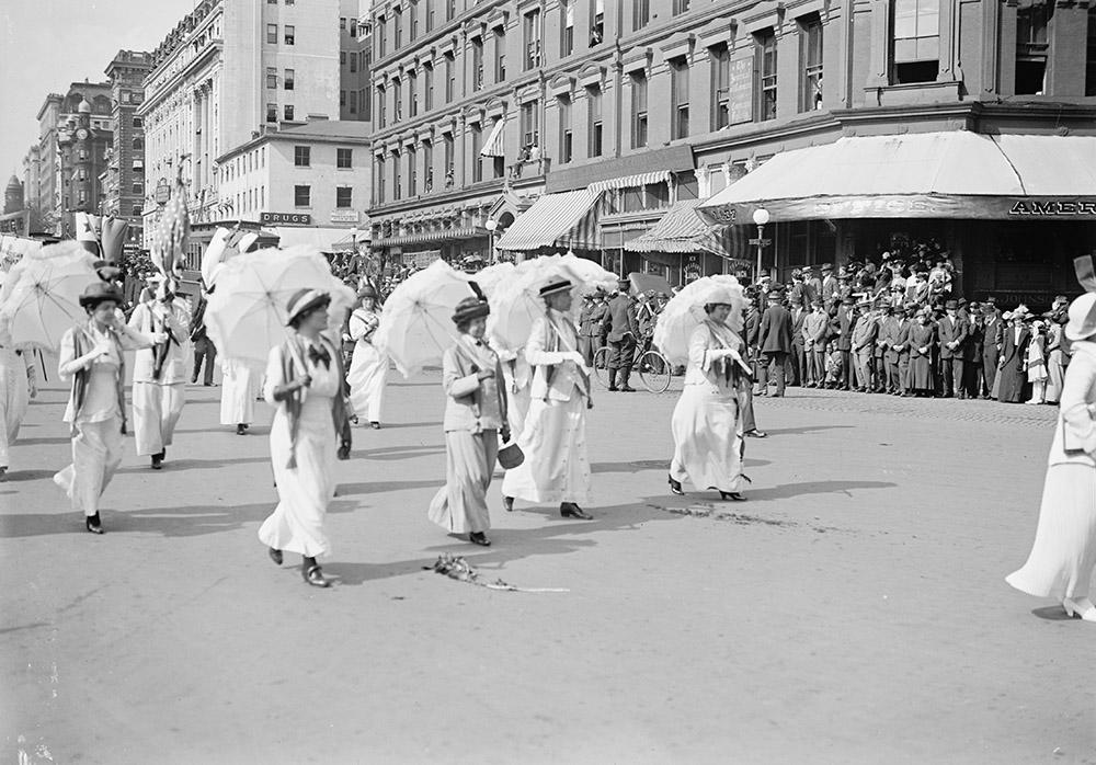 woman-suffrage-parade-may-1914.jpg