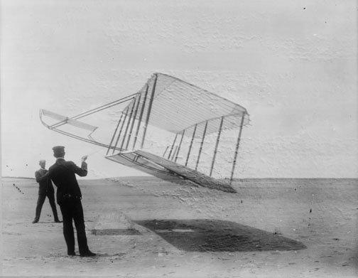 1901_glider_as_kite.jpg