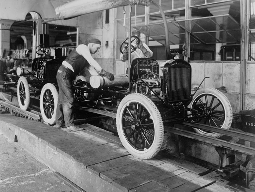 auto-factory-assembly-line-at-the-ford-motor-company-photo.jpg