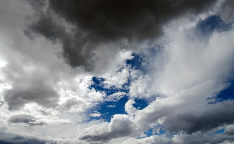 clouds_in_desert_231.jpg