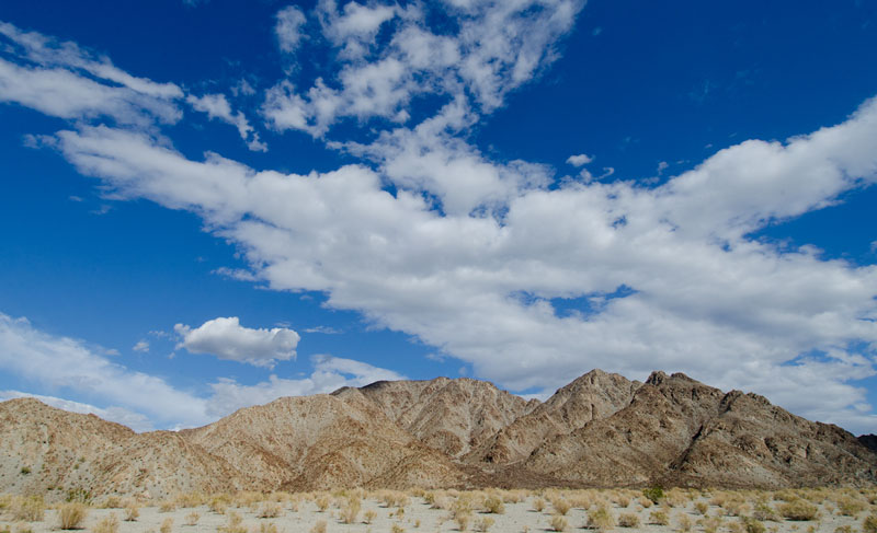 palm_desert_mountain_975.jpg