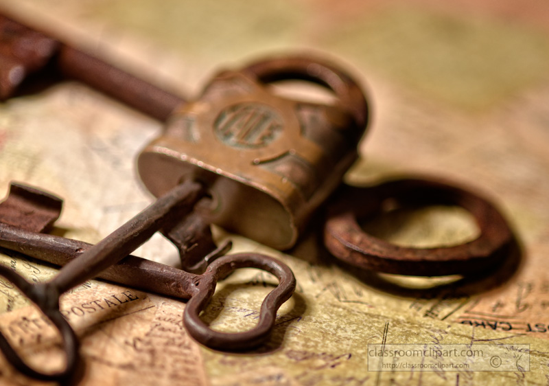old-skeleton-keys-with-padlock-photo.jpg