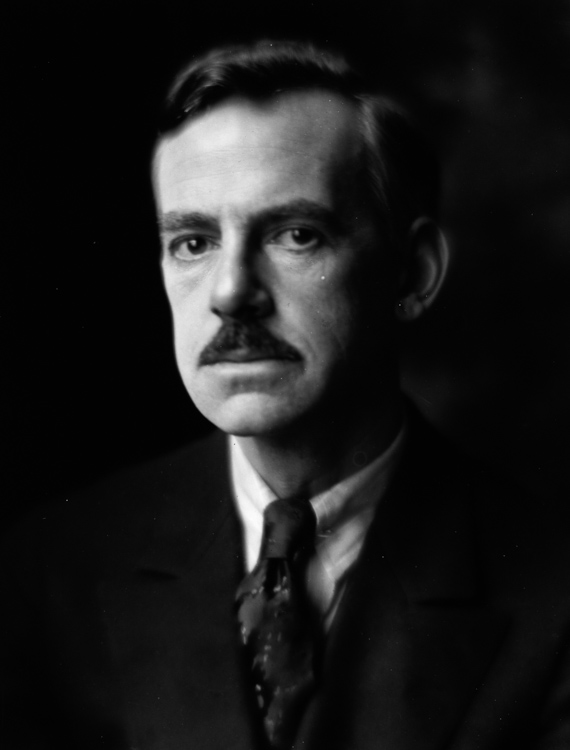 Eugene-Oneill-portrait-photo-image.jpg