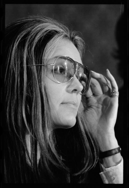 Gloria-Steinem-31-portrait-photo-image.jpg