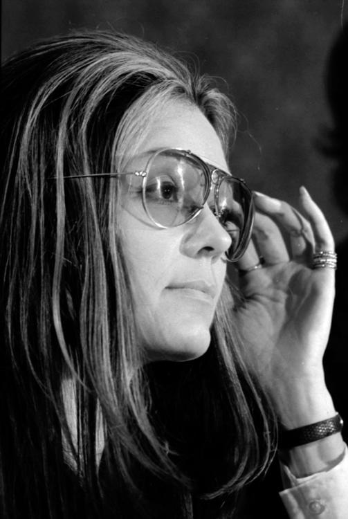 Gloria-Steinem-portrait-photo-image.jpg