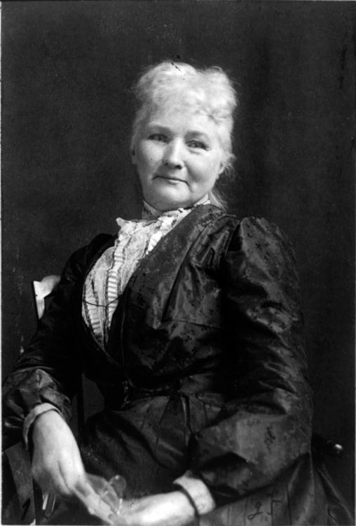 Jones--mother--Mary-portrait-photo-image.jpg