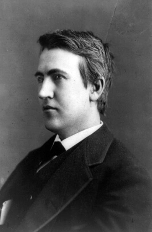 Thomas-Edison-2-portrait-photo-image.jpg