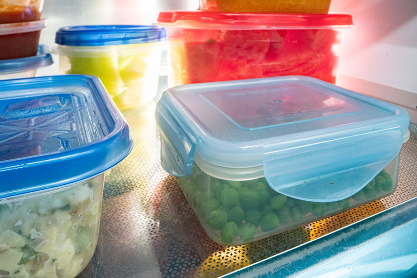 refrigerator-with-leftovers-stored-in-sealable-clear-containers.jpg