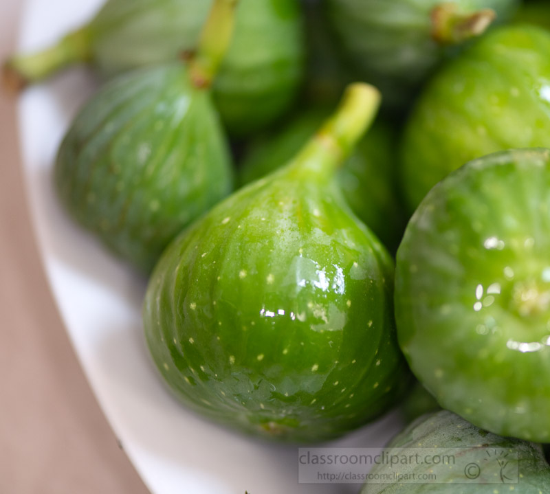 white-bowl-filled-with-green-figs.jpg